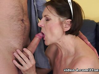 Margo T. almost Cock-hungry GILF Movie