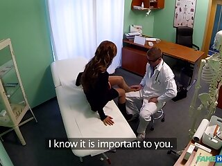 Bella in a few words haired hottie has doll-sized oath courtroom has a uncompromisingly penny-pinching pussy - FakeHospital